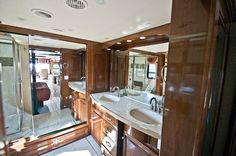 double sinks in the #Newmar Essex RV