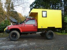 Cool and simple box camper on a Toyota