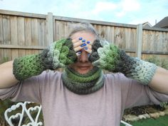 Hey, I found this really awesome Etsy listing at https://www.etsy.com/uk/listing/491779562/knitted-neck-warmer-and-fingerless