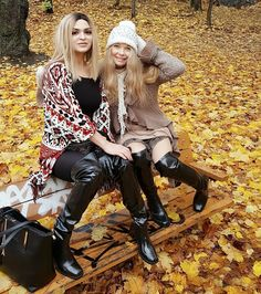 Be different, feel different, in Acquo Rubber Boots Free shipping to you  www.acquoofsweden.com