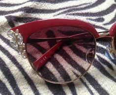 Hello!!!  Mostrei no Blog hoje os óculos que recebi da seasun.club, que tal passar lá para conferir os detalhes. ;)  http://jeanecarneiro.com.br/seasun-sunglasses/  #seasun #seasunclub #oculosdesol #oculos #sunglasses #sunglass #resenha #review #dica #diretodachina #china #brasil #blogger #trend #tendencia #dica #dicas #blogueira #fashionblogger