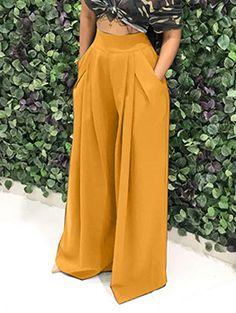 Loose palazzo high waist wide leg pant with pleated detail Fashion Pants, Look Fashion, Fashion Dresses, Ad Fashion, Latest Fashion, Fashion Vintage, Fashion Women, Fashion Ideas, Wide Leg Trousers