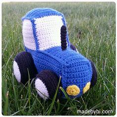 Crochet Toys For Boys Gratis hækleopskrifter – byBi Crochet Car, Crochet Quilt, Crochet For Boys, Cute Crochet, Crochet Toys, Crochet Stitches, Animal Knitting Patterns, Stuffed Animal Patterns, Crochet Patterns