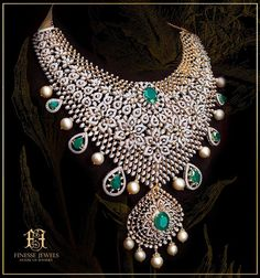 Bridal Necklace Set, Wedding Jewelry, Gold Jewelry, Floral Necklace, Diamond Jewelry, Tikka Jewelry, Bold Necklace, Diamond Choker, Diamond Brooch