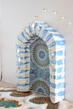 Ramadan crafts with kids – DIY papier maché Mosque! -could definitely do something luge this to mage a small shrine or grotto for a Catholic home altar-