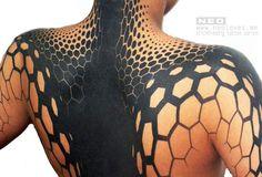 Geometric Tattoo by Delaine NEO Gilma Cute Tattoos, Body Art Tattoos, Tribal Tattoos, Tatoos, Neo Tattoo, World Tattoo, Shoulder Tattoos, Tattoos Gallery, Cultura Pop