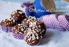 Muffins al cioccolato fondente: gustosi dolcetti mono porzione, ideali per la colazione o la merenda dei bambini, ed ottimo accompagnamento al tè delle 5.