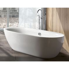 Transform your bath to a personal oasis with this double ended acrylic tub. Designed for transitional and contemporary settings, this tub features smooth curves and a durable acrylic material that kee