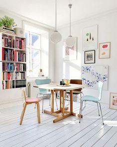 A Dreamy Copenhagen Home Full of Books, Art and Danish Design (my scandinavian home) Boho Living Room, Living Room Decor, Danish Living Room, Dining Room, Dining Area, Home Design, Design Ideas, Copenhagen Apartment, Pastel Interior