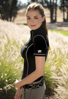 Most Beautiful girls and Sexy Babes! Share the beauty and love. Women's Equestrian, Equestrian Outfits, Equestrian Fashion, Estilo Gossip Girl, Horse Riding Clothes, Military Women, Girl Fashion, Womens Fashion, Horse Girl