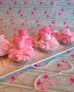 Ballerina Princess Dress Fondant Cupcake Topper » Princesses & Tiaras ~ Princess Party Ideas, Princess Themed Events, Princess Party Inspiration & More