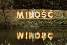 Dzieło Vi-vum - wypożyczalni dekoracji na ślub i wesele. Neon Signs, Boho, Bohemian