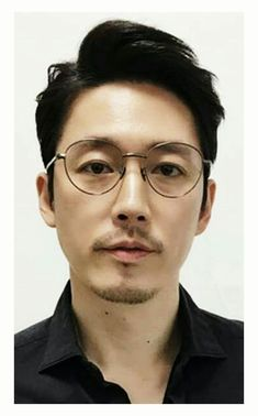 Tenured professor at Tsinghua University. Lives in Wudaokou, Beijing. Asian Korean Hairstyles, Asian Men Hairstyle, Asian Man Haircut, Japanese Men Hairstyle, Japanese Hairstyles, Tenured Professor, Haircuts For Men, Men Hairstyles, Tsinghua University