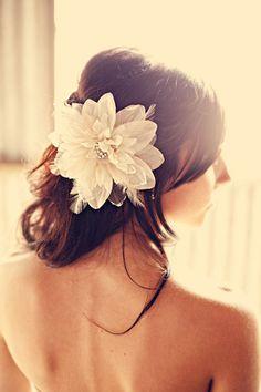 Wedding Trends: Bridal Hair Accessories