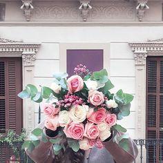 Feliz día de la mujer a todas!!! Gracias por ser cada día nuestras mejores acompañantes en esta aventura! Esta tarde anunciaremos ganadoras de nuestro concurso por IG Stories estad atentas!! #womensday #womensmarch #women #diadelamujer #quierouncolvin #colvin10k #rosas
