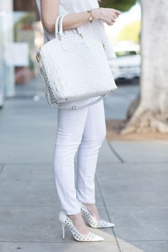 white jeans with white heels M Loves M