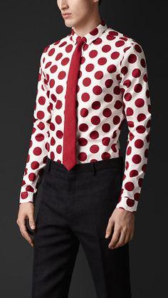 POLKA DOT SOCKS RELOADED – MEN'S POLKA DOTS SS14 | vanitysocks.com Skinny fit #dot print |#shirt by #Burberry