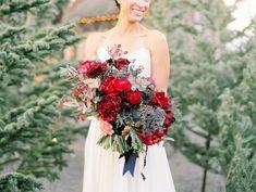 Cozy & romantic Pennsylvania winter wedding via Magnolia Rouge