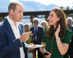 KELOWNA , CANADA - SEPTEMBER 27:  (NO UK SALES FOR 28 DAYS) Prince William, Duke of Cambridge and Catherine, Duchess of Cambridge sample Indian food cooked by Vikram Vij atvisit Mission Hill Winery on September 27, 2016 in Kelowna, Canada.  (Photo by Pool/Sam Hussein/WireImage) via @AOL_Lifestyle Read more: http://www.aol.com/article/2016/09/29/princess-charlotte-sits-on-a-dog-during-outing-in-canada/21483574/?a_dgi=aolshare_pinterest#fullscreen