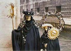 Carnaval Venise 4 - Carnival of Venice - Wikipedia, the free encyclopedia Venetian Carnival Masks, Carnival Of Venice, Venetian Masquerade, Masquerade Ball, Masquerade Costumes, Carnival Costumes, Rome Florence, Costume Venitien, Venice Mask