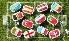 Länderflaggen aus Fondant und anderen Dekorprodukten