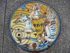 Kushiro Hokkaido manhole cover (北海道釧路市のマンホール) by MRSY, via Flickr
