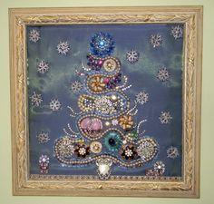 Jewelry Christmas Tree - really beautiful.