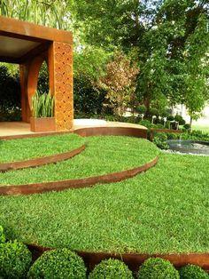 Lovely Aus rostigem Metall k nnen Sie Stufen bilden und sogar eine Pergola bauen