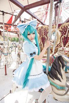 Hatsune Miku(VOCALOID) | Anji - WorldCosplay