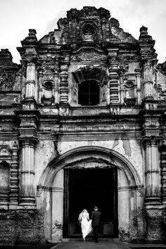 Destination Wedding at San Jose El Viejo, Guatemala by Photographers Davina + Daniel - Full Post: http://www.brideswithoutborders.com/inspiration/romantic-candlelit-wedding-in-guatemala-by-davina-daniel