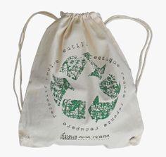 EcoBag Ecológicas  100% algodão cru  Lindas ecobags ecológicas em algodão cru e PET reciclado. Seguindo a tendência mundial, a AMA TERRA desenvolveu um produto de alta qualidade e resistência, com estampas exclusivas, preservando o bom gosto e a versatilidade.  Colecione essa ideia!!!  http://www.revendaamaterra.com.br/loja/espaco-juliajulia