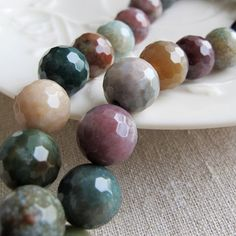 Faceted round India agate beads 10mm natural color by FARRAgem