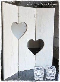 Drieluik, U-vorm met twee hartjes