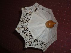 DOLL UMBRELLA LACE AND WOOD 7 INCH LONG, NICE DISPLAY FOR DOLL OR BEAR