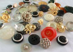 Pack of Variety Buttons  30 pieces by JacklynBee on Etsy, $4.50