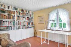 Skandiavägen 4 D Corner Desk, Bookcase, Villa, Shelves, Furniture, Home Decor, Corner Table, Shelving, Decoration Home