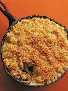 Pulled-Pork Macaroni & Cheese with Caramelized onions & four cheeses