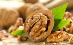 How to Make Simple Food Swaps for a Low Cholesterol Diet Whole Food Recipes, Snack Recipes, Healthy Recipes, Snacks, Benefits Of Eating Walnuts, Biotin Rich Foods, Top 10 Healthy Foods, Healthiest Foods, Get Rid Of Warts
