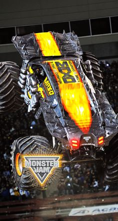 Max-d monster jam Festa Monster Truck, Big Monster Trucks, Monster Car, Hot Rod Trucks, Cool Trucks, Big Trucks, Rc Buggy, Weapon Storage, Bigfoot