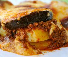Moussaka Moussaka, Steak, Pork, Beef, Drinks, Kale Stir Fry, Meat, Drinking, Beverages