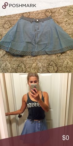 Jessie's Girl Denim Skirt 📸 Model + Actual Pics Please see original listing for complete details! Boutique Skirts Circle & Skater