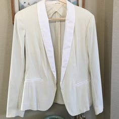 Beautiful rag and bone blazer Pix is representing it's color pretty closely.  Tiny rise of threading pix3 other than that, it is in great condition!  Lmk if you need further pics or have questions.  Enjoy;)  rag & bone Jackets & Coats Blazers