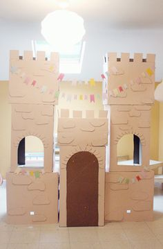 Make castle out of boxes
