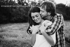 #engagement #couple #photography #poses