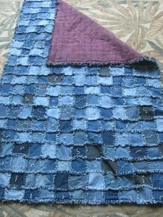 Blue Jean Rag Quilt Tx Jennywrens Nest Quilting With – Images Gallery Jean Crafts, Denim Crafts, Denim Quilt Patterns, Flannel Rag Quilts, Denim Quilts, Blue Jean Quilts, Creation Couture, Denim Patchwork, Quilt Making