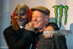 Fotografia de notícias : Shawn 'Clown' Crahan and Corey Taylor attends the...