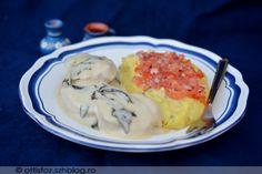 Zsályás szűzpecsenye medvehagymás krumplipürével Eggs, Breakfast, Food, Morning Coffee, Essen, Egg, Meals, Yemek, Egg As Food