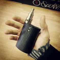 Keep it classy. #vaporflask #dna40 #evolv #vape #vaping #regulated #sat22 #jwraps #9southvapes #9south #vapelyfe #vapelife #vapeporn #handcheck @modhandcheck #Padgram