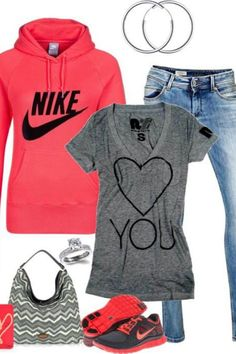 What cute and sporty outfit! Love!