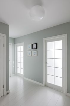 22 Ideas Bedroom Lighting White Floors For 2019 Bedroom Paint Colors, Paint Colors For Home, Bright Apartment, Bedroom Green, Blue Bedroom Decor, Bedroom Wall, Master Bedroom, Trendy Bedroom, Bedroom Simple